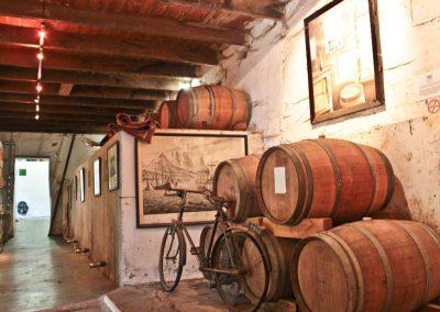 Pic-Muratie-cellar-tour-tsiba-guide