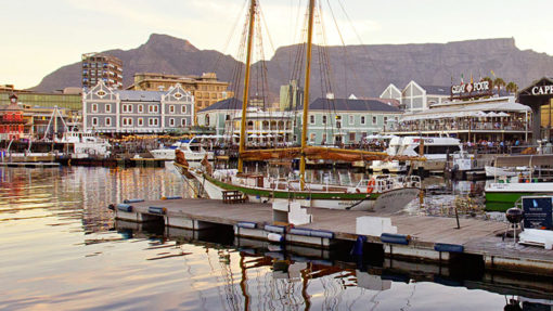 cape-town-v&a-waterfront-boats-tour