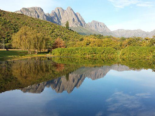 stellenbosh-dam-mountain